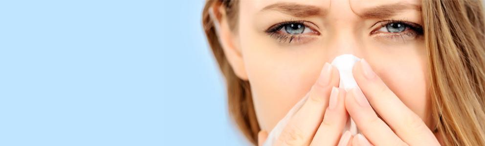 Wenn die Nase juckt und brennt steckt dahinter häufig eine gereizte Nasenschleimhaut. Im Sommer leidet die Nase unter Klimaanlage, Rauch, Wind, Kälte und Sonne. Der Betroffene quält sich mit einer trockenen und gereizten Nase, die sich verstopft anfühlt und das […]